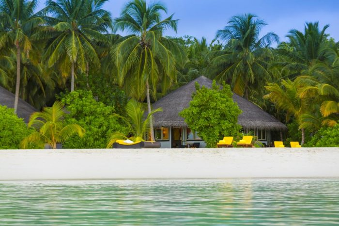 Enjoy 2 Nights Beach Villa + 2 Nights in Ocean Villa – Angsana Velavaru
